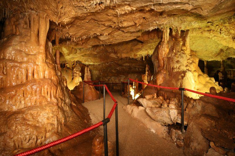 cave festinsko kraljevstvo